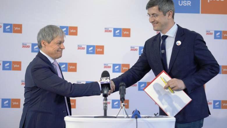 USR și PLUS au adoptat fuziunea. Partidul va avea doi copreşedinţi: Dan Barna și Dacian Cioloș