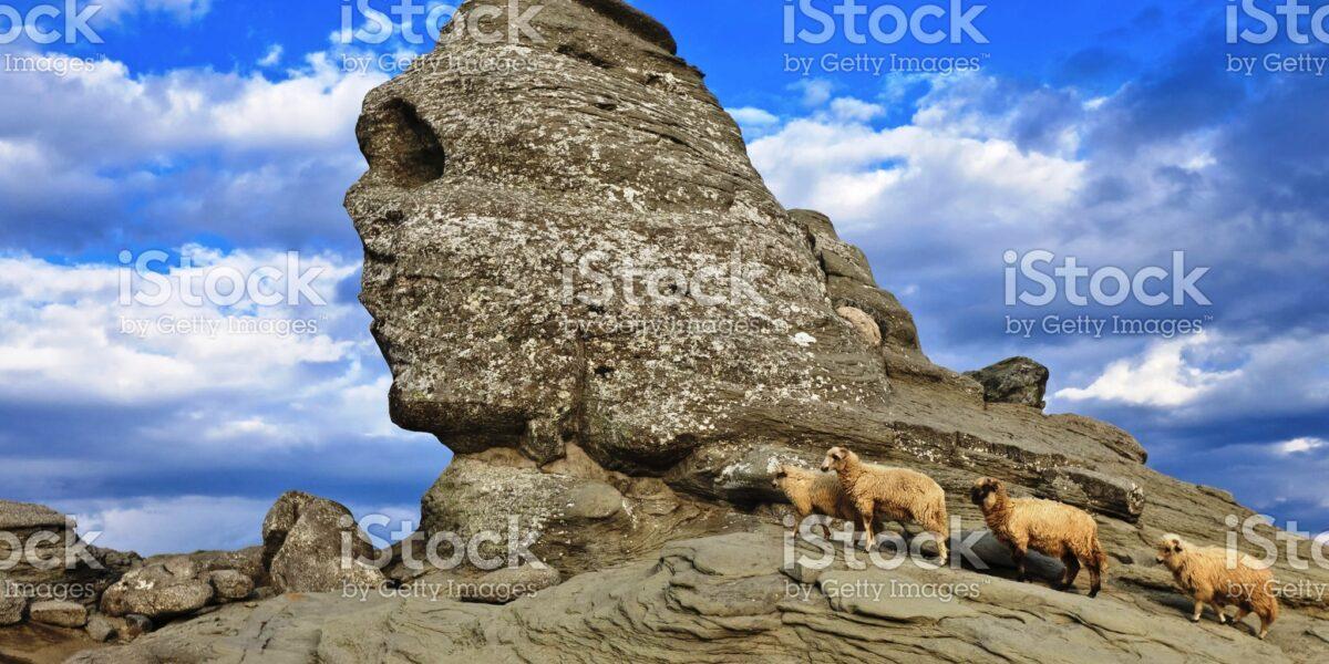 Sfinxul din Bucegi, strajerul etern al Romaniei