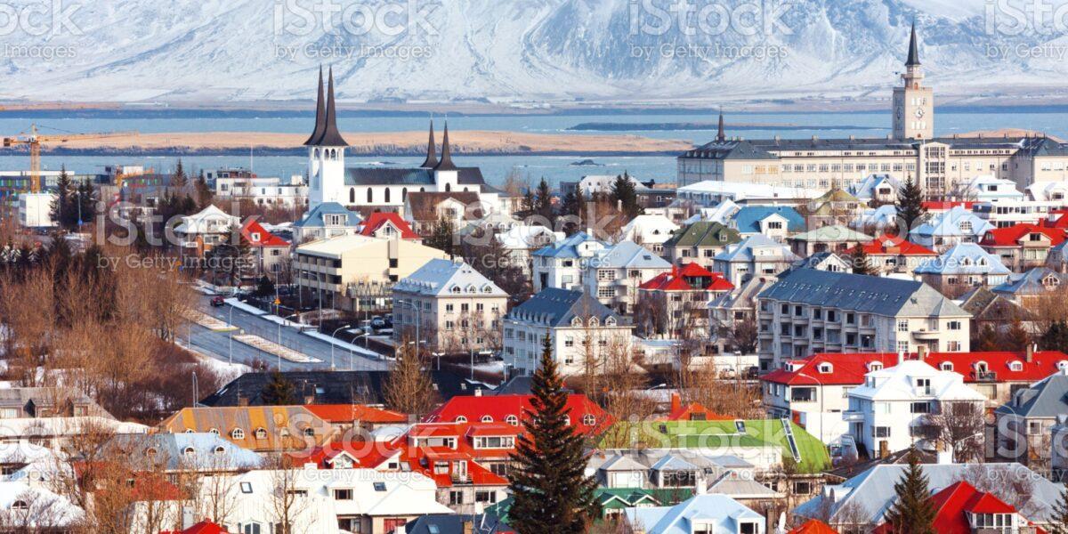 Islanda – ţara misterioasă dintre foc şi gheaţă, pragmatism şi modernitate. De ce nu putem fi şi noi fericiţi ca islandezii?