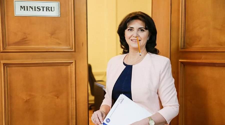 Viorica Dăncilă nu mai candidează la nicio funcție, că o avem pe Monica Anisie
