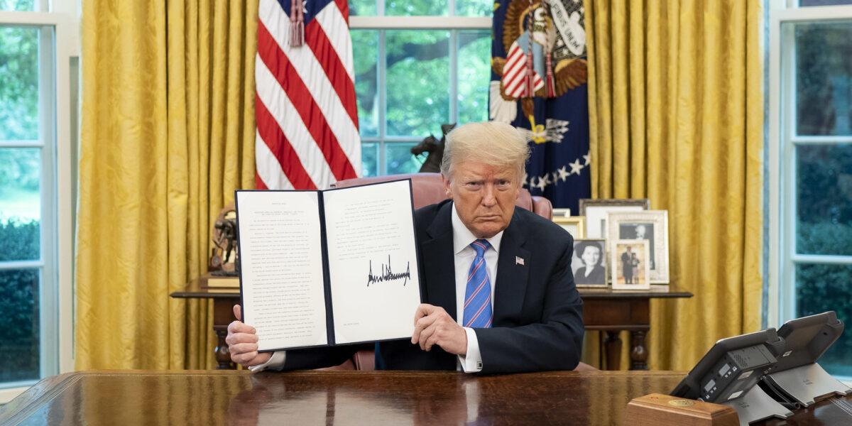 SUA: Președintele în exercițiu Donald Trump l-a demis pe șeful Pentagonului Mike Esper. Christopher C. Miller va fi secretar interimar al apărării