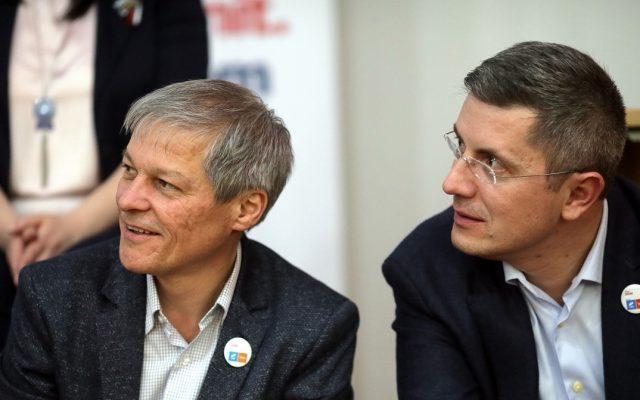 Liderii USR Plus i-au validat pe cei șase miniștri care revin partidului: Stelian Ion (justiție), Vlad Voiculescu (sănătate), Cristian Ghinea (fonduri euro), Cătălin Drulă (transporturi), Claudiu Năsui (economie) și Ciprian Teleman (digitalizare)