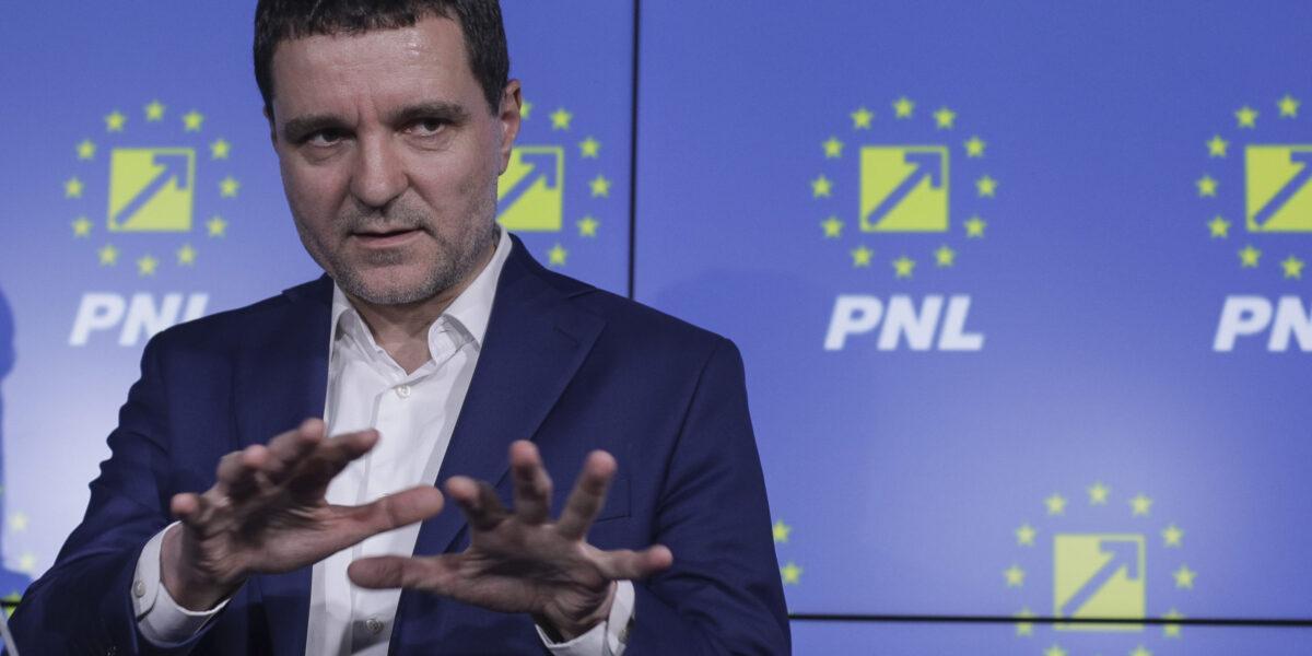 """Nicușor Dan trece oficial în tabăra liberalilor: """"Votul meu merge către PNL"""". El a candidat la Primărie ca independent, dar susținut și de USR-PLUS"""