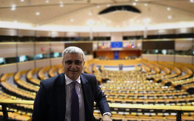 Robert Turcescu: N-am niciun confort să mă așez la masă cu USR. Ei se așează să negocieze, nu să guverneze