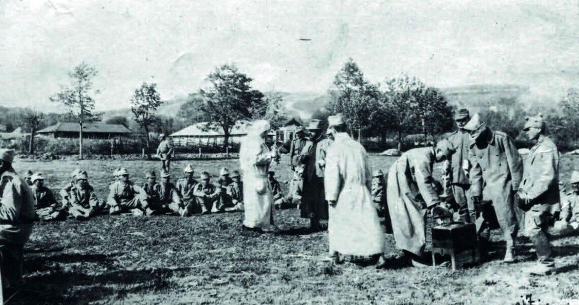 """Mărturia unui preot în lupta cu tifosul din 1917: """"Ajunsese credinţă că cine vine la infirmerie nu mai scapă cu viaţă!"""""""