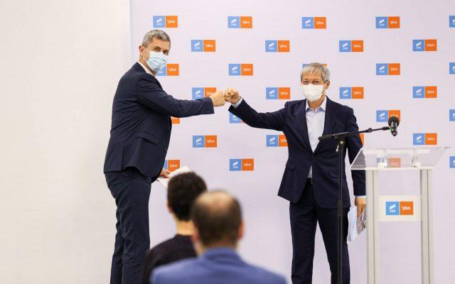 Liderii USR-PLUS, mesaje de Anul Nou. Barna: A început o campanie de vaccinare pe care vă încurajez să o susțineți/ Cioloș: Înțelepciunea unei societăți se vede atunci când are capacitatea de a împărtăși binele