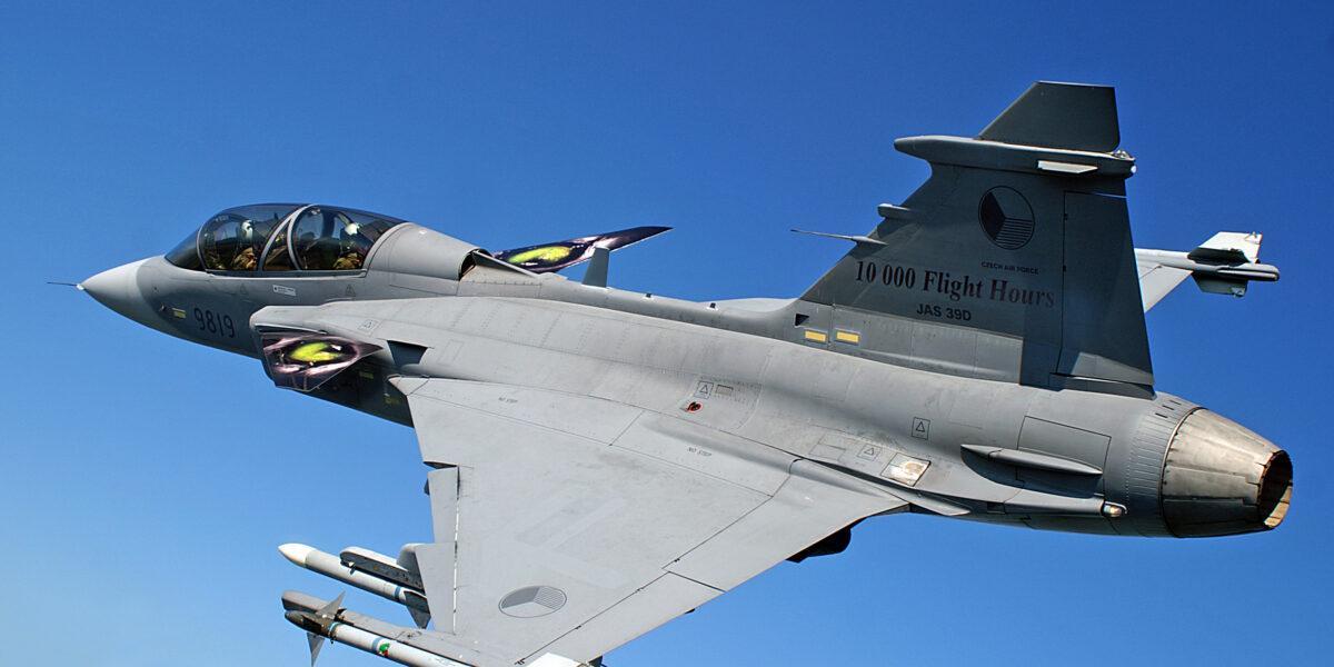 IAR-95, avionul multirol supersonic romanesc, care nu a fost construit niciodata.