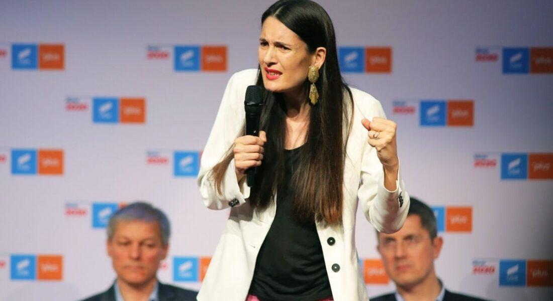 """""""Avocata Poporului PSD"""", Renate Weber, dă din colț în colț: Clotilde Armand îi cere oficial să apere și oamenii simpli în fața rechinilor imobiliari"""
