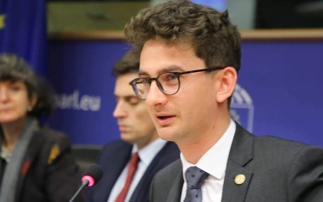 """Iulian Bulai, deputat USR-PLUS: """"Singura soluție de reformă a TVR acum este desființarea instituției"""""""