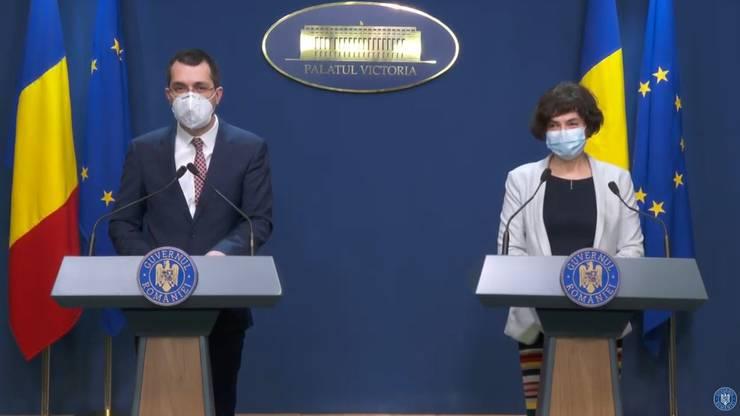 """Ministrul Sănătății anunță anchetă după ce, în doar 8 zile, 1.353 de tineri fără boli s-au vaccinat """"pe pile"""", deși le venea rândul abia în etapa a 3-a"""