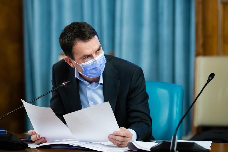 Drulă trimite Corpul de Control la Metrorex: Milioane de români suferă financiar în pandemie şi ei măresc salariile cu 18%