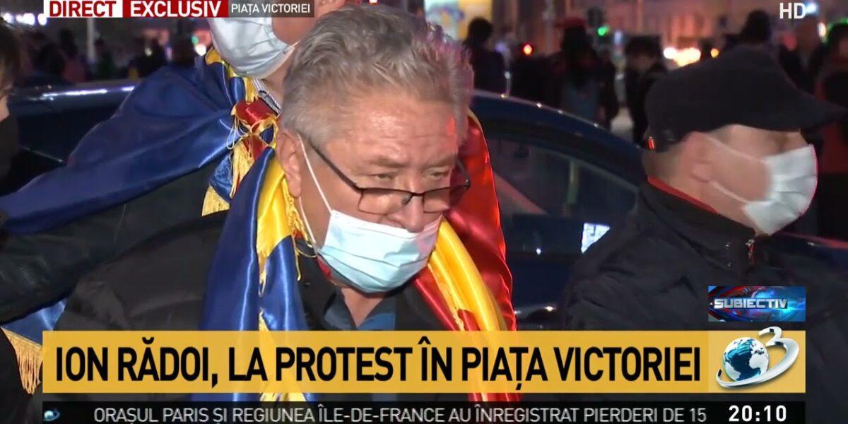 """Ion Rădoi, baronul sindical de la metrou, și-a adus grupul mafiot la protestele CapVid. Agramat, amenință Guvernul: """"Când vânturi furtună, culegi vânt… sau invers"""""""