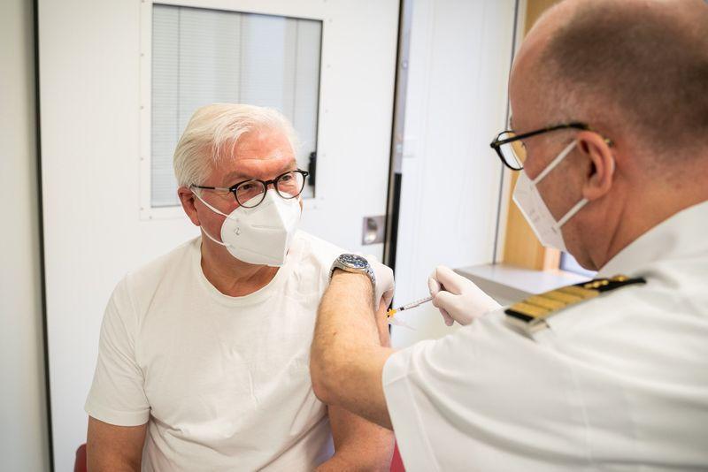 88.884 de doze de vaccin administrate în ultimele 24 de ore. Doar 10.038, de la AstraZeneca