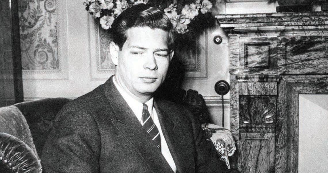 De ce l-au forțat comuniștii pe Regele Mihai să abdice după ce a participat la nunta prințesei moștenitoare a Marii Britanii, Elisabeta, cu ducele Philip