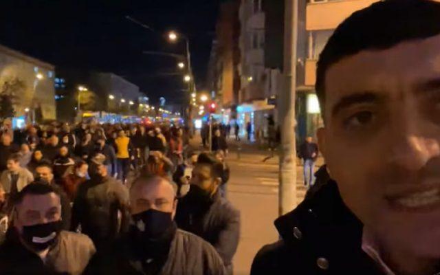 """La protestul din Capitală, lume mult mai puțină. Cum explică demobilizarea liderul AUR George Simion: """"forțele de ordine, aparat de represiune"""""""