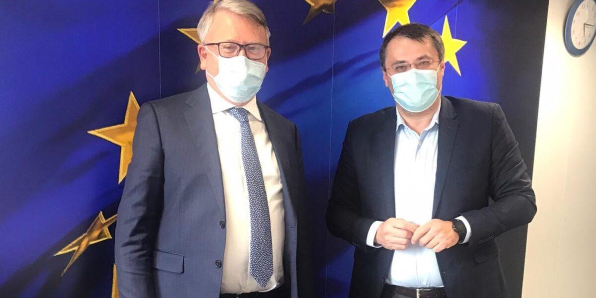 """Ministrul Proiectelor Europene, Cristian Ghinea, întâlniri cu """"multe ore de discuții"""" cu echipele tehnice ale Comisiei Europene: Suntem pe drumul cel bun"""