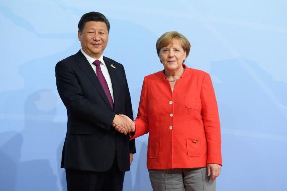 Xi Jinping, convorbire telefonică cu Angela Merkel: Liderul chinez îndeamnă Uniunea Europeană să își asigure în mod real autonomia strategică