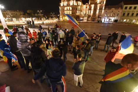"""Supărare mare la RTV: duminică, la """"bătălia finală pentru libertate"""" n-a mai venit nimeni. Sâmbătă abia s-au strâns câteva sute de oameni, dar… """"Suntem aici toată România!"""""""
