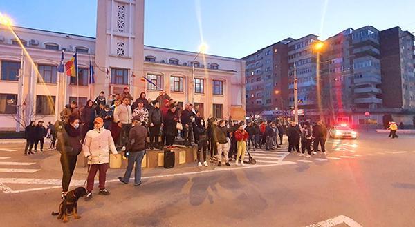 Amenzi de peste 100.000 de lei aplicate protestatarilor vasluieni!