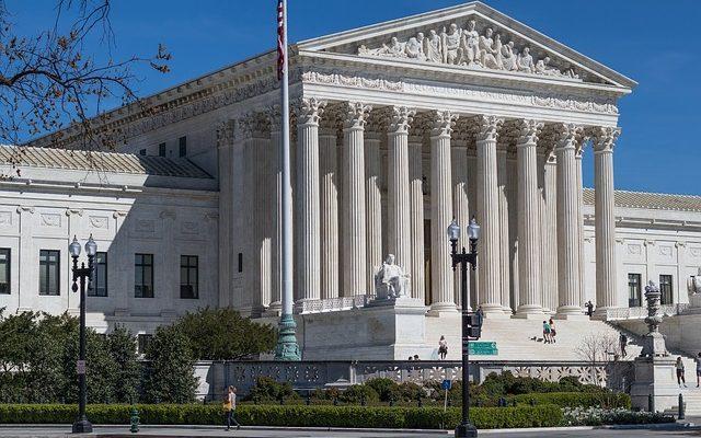 Preşedintele Joe Biden a creat o comisie pentru a reforma Curtea Supremă a SUA