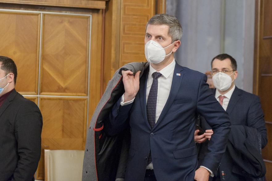 Barna, despre moţiunea anunţată de Ciolacu: Vom auzi iarăşi discursuri sforăitoare dinspre PSD