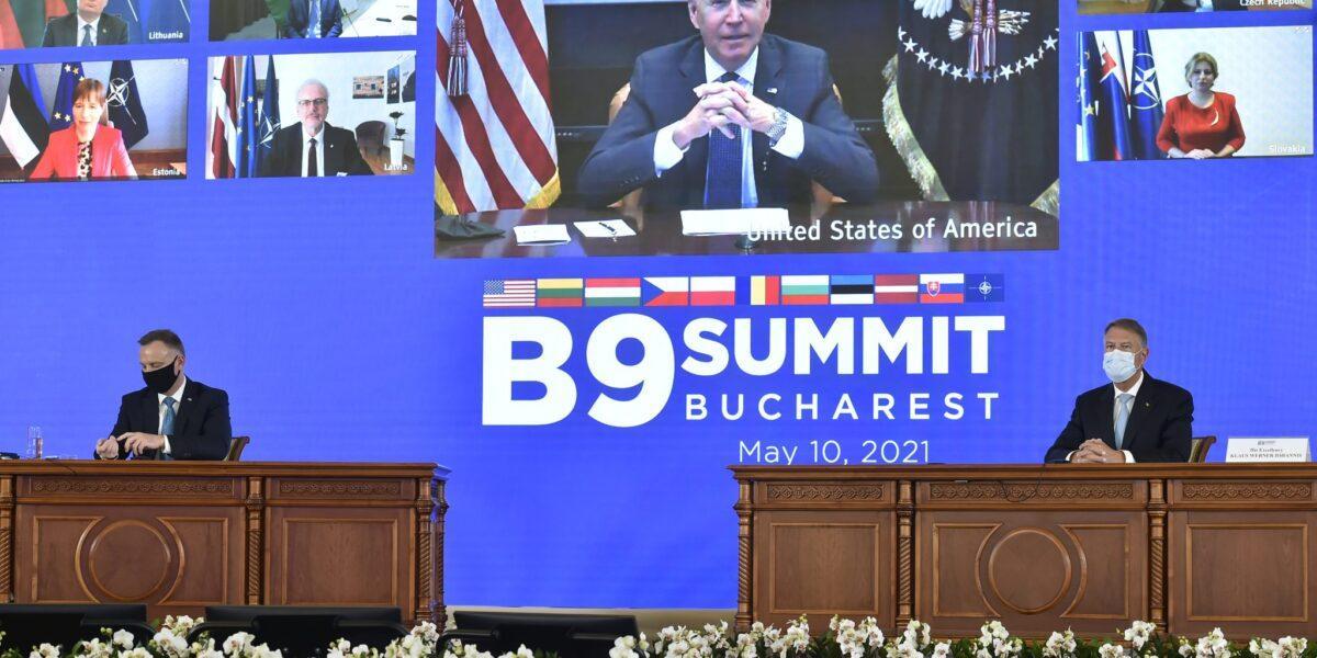 """Declarația Summitului București 9, adoptată în prezența lui Joe Biden: """"NATO rămâne piatra de temelie a securităţii euro-atlantice, iar rolul SUA în securitatea Europei este indispensabil"""""""