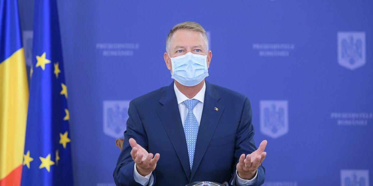 """Klaus Iohannis anunță """"relaxarea pas cu pas"""" a restricțiilor și îi îndeamnă pe români să se vaccineze: Am suferit și am învățat mult. România post-pandemie trebuie să fie o Românie mai bună"""