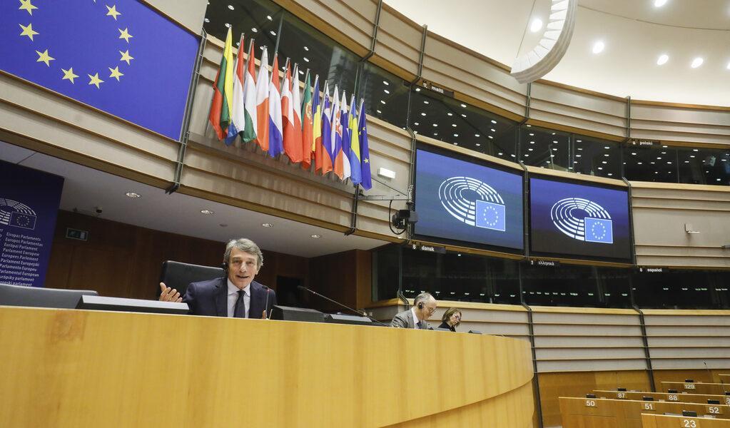 Parlamentul European a adoptat cu o majoritate covârșitoare o rezoluție prin care solicită control democratic asupra planurilor naționale de redresare