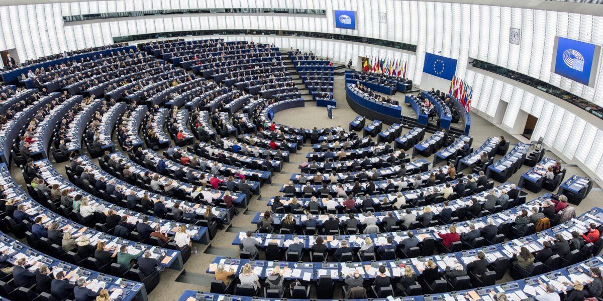 Sesiunea plenară din 17-20 mai: PE urmează să aprobe noul program Erasmus+, finanțarea pentru tranziția la o economie verde și susținerea sectorului cultural