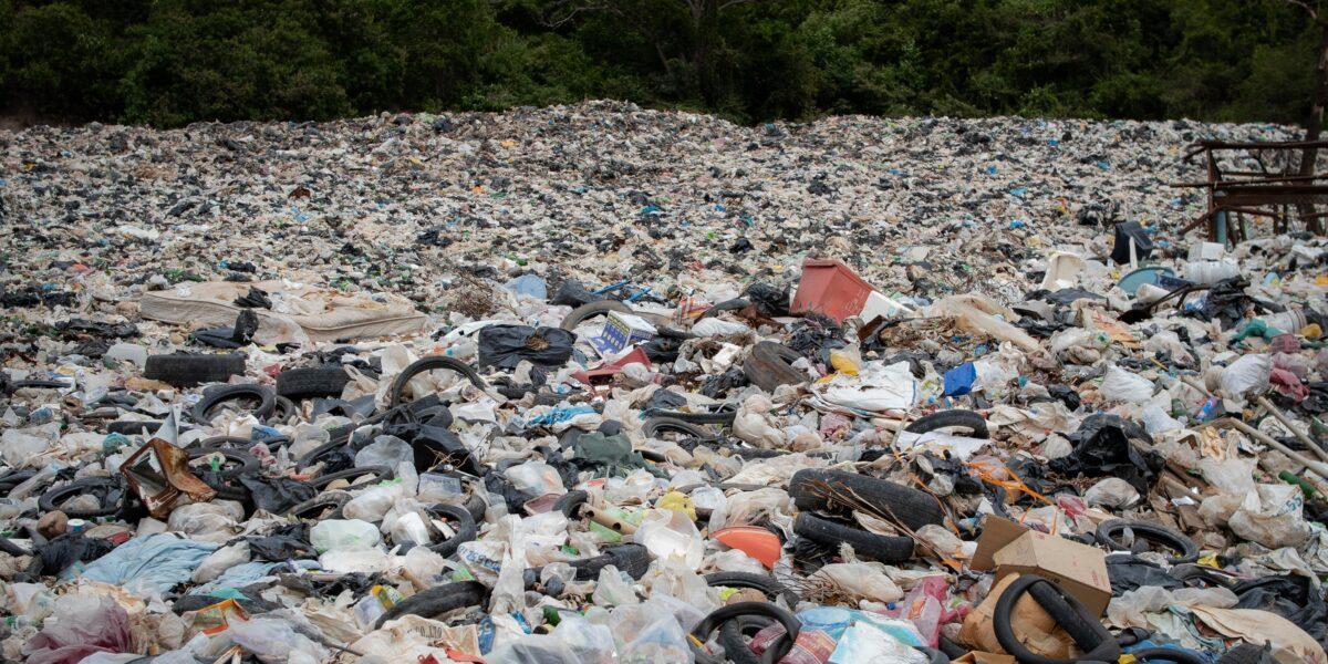 CJ Vaslui îndeamnă populația să colecteze selectiv deșeurile. În caz contrar, taxa de salubritate va crește!