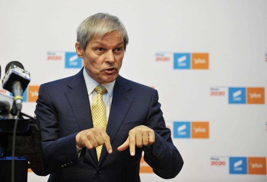 """Cioloş îl """"execută"""" pe Ciolacu: Ticăloşia rămâne o valoare şi în """"noul"""" PSD"""