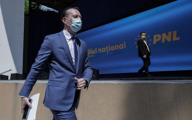 Război în PNL, după ce Orban a spus că a fost părăsit la negocierile pentru ministere. Cîțu: Nu cred că a zis așa ceva, ar însemna că ar fi mințit/ Orban: Nu polemizez cu colegii prin presă