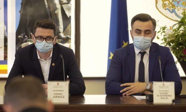 """Cât costă să fii """"credincios comunității"""" la Iași: USR-istul Cezar Baciu, trecut de partea primarului Chirica, a fost votat viceprimar"""