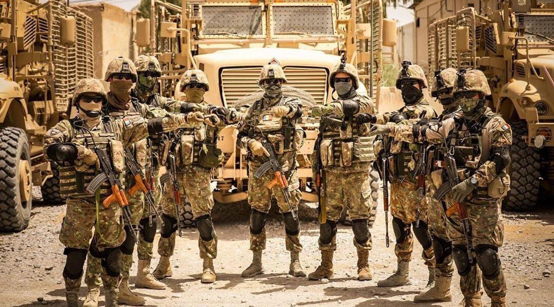 """România trimite 45 de militari în Africa sub egida unei misiuni europene conduse de Franța. Ministrul francez al apărării mulțumește """"prietenilor români"""""""