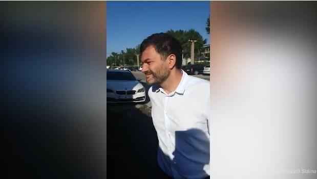 Șeful Gărzii de Mediu, Octavian Berceanu, dat afară din curtea unei societăţi din Slatina și urmărit de patron cu telefonul mobil în live pe Facebook: Nişte vagabonzi de la Bucureşti care au plecat de acasă. Ăsta, bărbosul, zice că-i șeful de la mediu