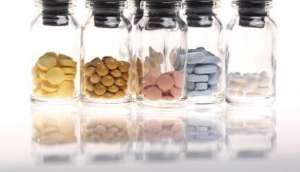 Comisia Europeană stabilește portofoliul celor mai promițătoare 10 mijloace terapeutice împotriva COVID-19